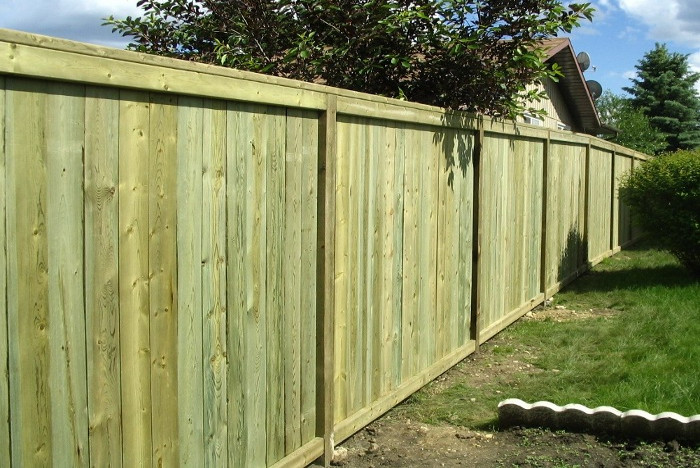 Capped Fence